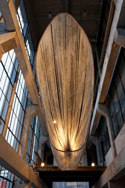 Ausstellung »Erinnerungshorizonte Dresden | Hiroshima | Nagasaki«: Installation Beta Decay 2 von Shinpei Takeda (Fotografie: M. Neutzner)